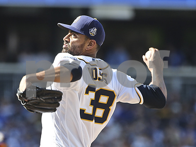 texas-rangers-agree-to-6m-deal-with-former-san-diego-padres-pitcher-tyson-ross