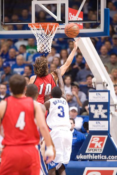 University of Kentucky Men's Basketball 2007-08  UK vs Gardner Webb  Gardner Webb wins 84-68