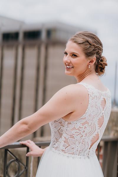 [Bridal Prep] Liz-Dylan-25.jpg