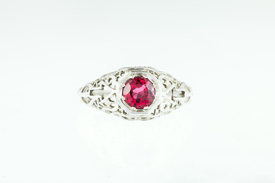 Art Deco Filagree Red Spinel and Gold Ring