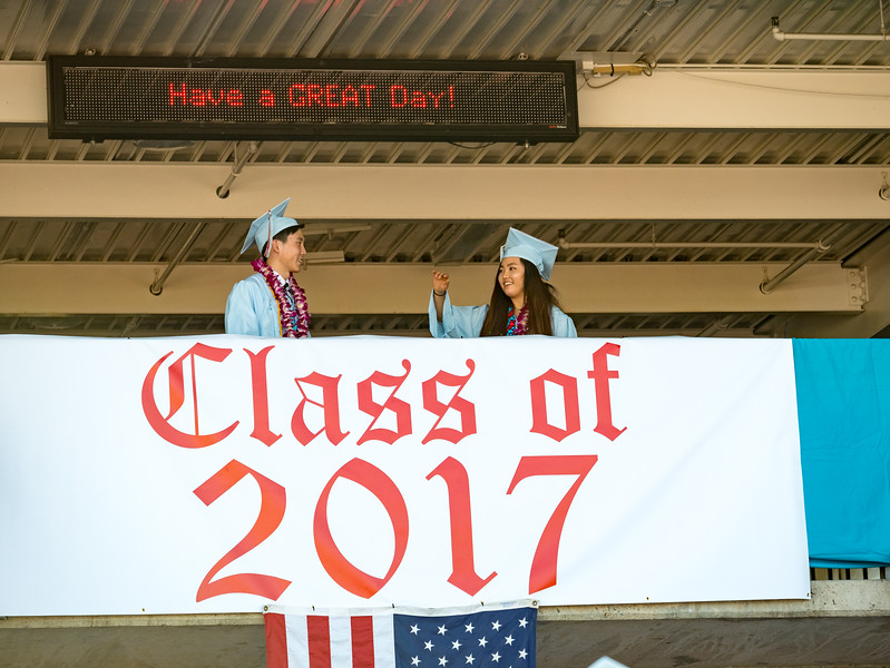 Hillsdale Graduation 2017-85584.jpg