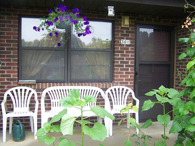 Hertiage Homes Apts Best Porch Contest/Fathers Day Luncheon
