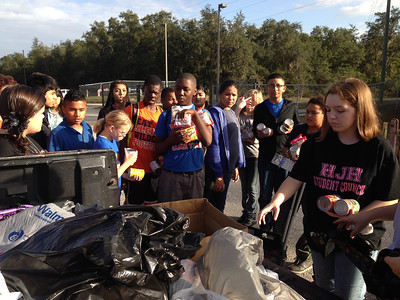 Hardee Junior High Student Council Food Drive
