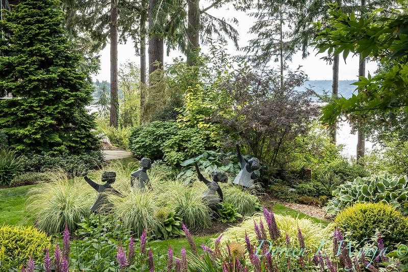 Whit & Mary Carhart garden_6193.jpg