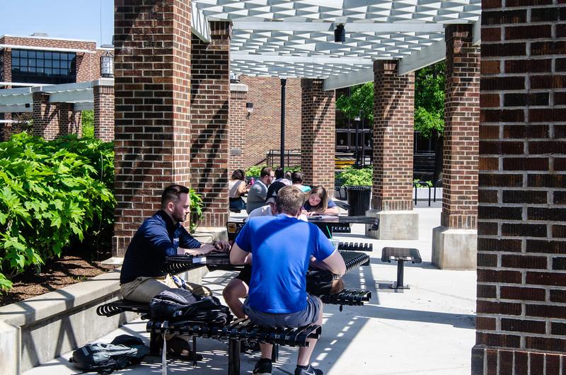 05-07-19 Campus Scenes 02_DSC8041.jpg