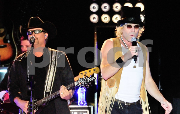 BIG AND RICH AT COUNTRY THUNDER 2012