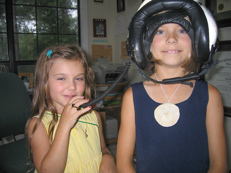 Helmet Girls001.jpg