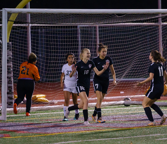 2019-10-24 JV Girls vs Lynnwood 073.jpg