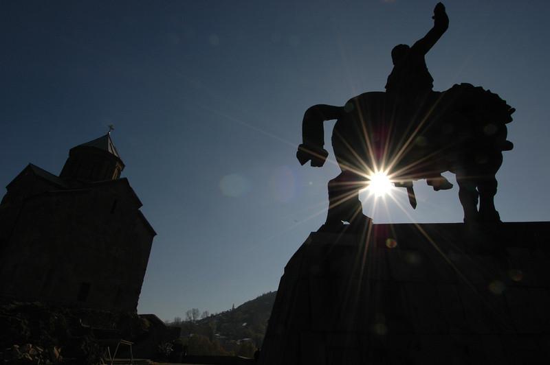 041119 1318 Georgia - Tbilisi - Church over river _C _E _H _N ~E ~L.JPG
