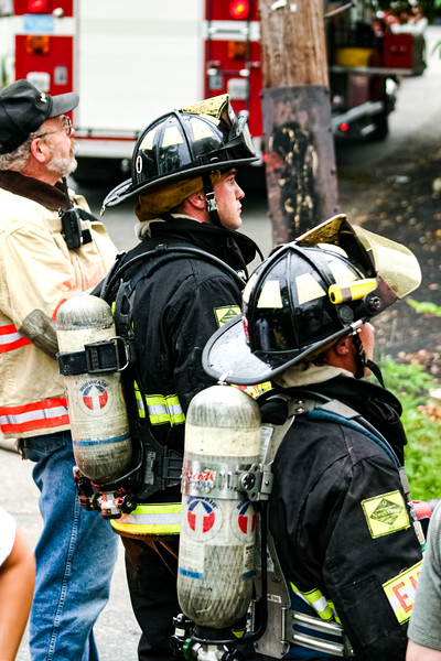 Fire at Letoile Roofing Company in Haverhill, MA (July 06, 2004)