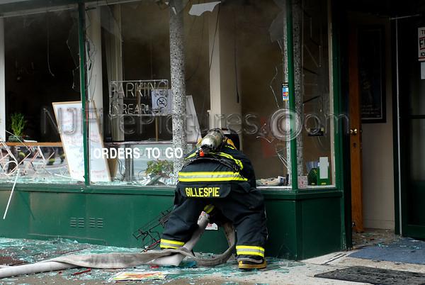 Clifton, NJ 5-Alarm fire Main & Clifton Aves. July 12, 2006