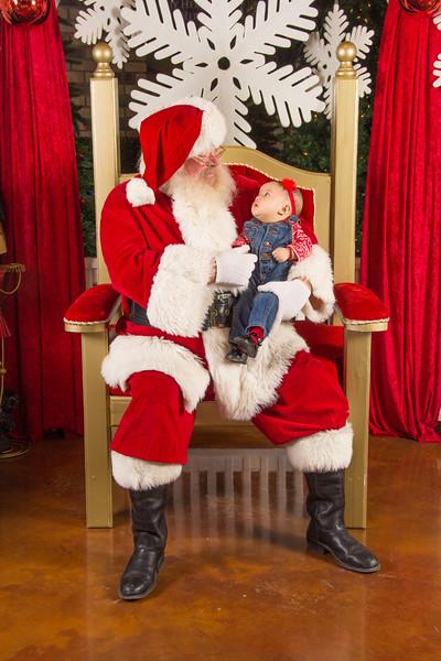 Santa 12-16-17-261.jpg