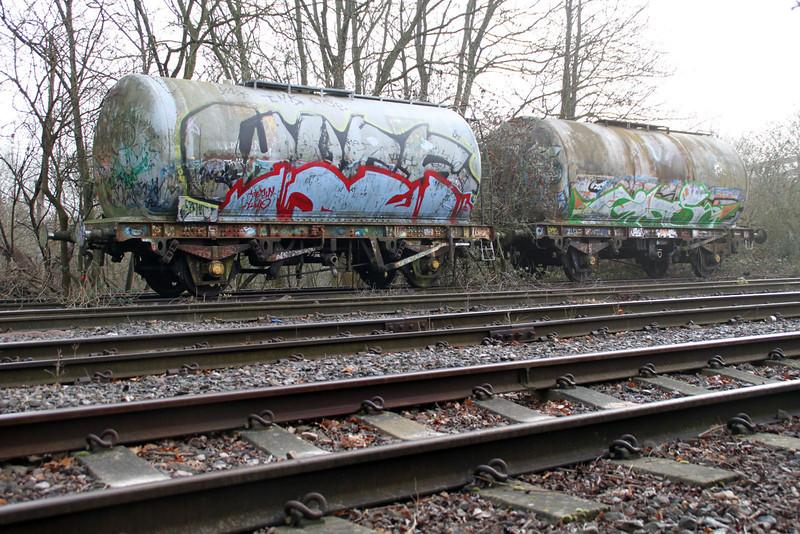 SUKO 67828 and BRT 57470 sit in Brentford Sidings Extant. 13/02/12