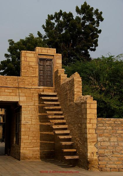 INDIA2010-0208A-100A.jpg