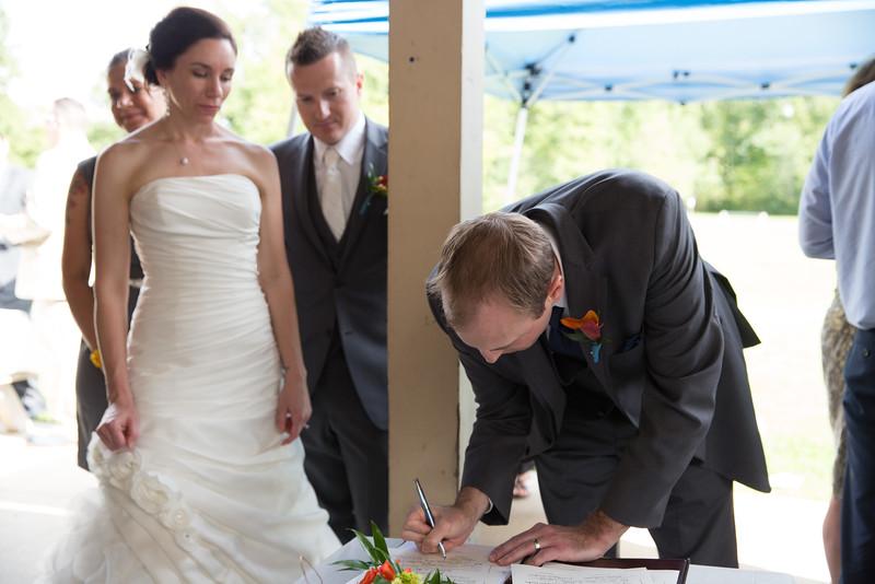 bap_schwarb-wedding_20140906155241PHP_0408