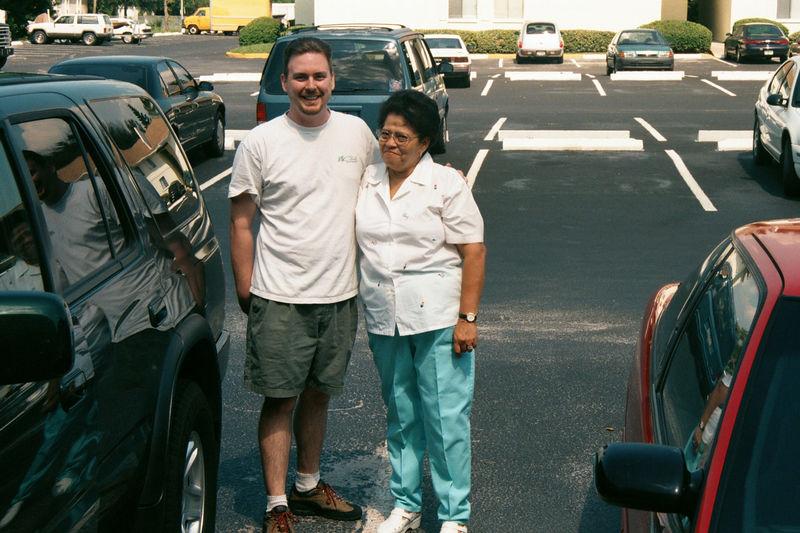 2001 08a - Mom visits Florida 027.JPG