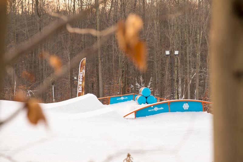 Kick-Off-2014_Snow-Trails-158.jpg