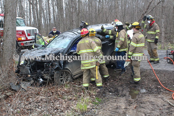 4/26/20 - Leslie extrication, 5100 block of Peacock Rd