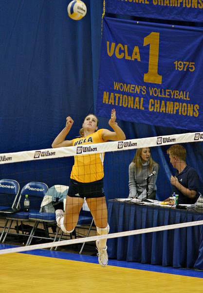 2004.11.12 - NCAA Women's Volleyball - UCLA