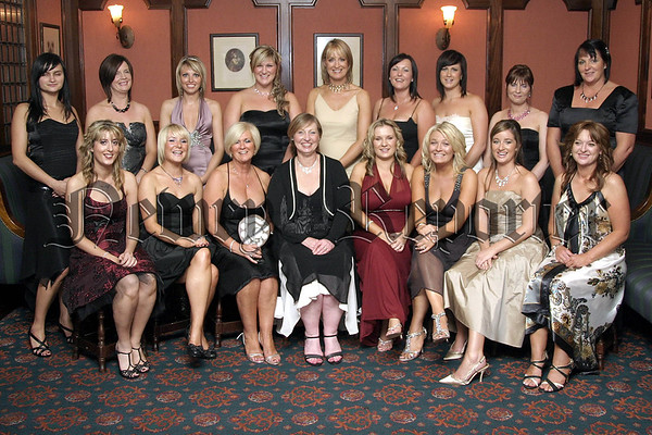 Pictured are the part-time Beauty Students of YouNique College of Beauty & Holistics at their annual awards presentation night with Kathy Casey and Lisa Mallon, course tutor and Aine Larkin, College Principal.