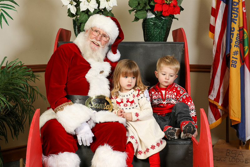 TBTP 2019 Photos with Santa-60.JPG