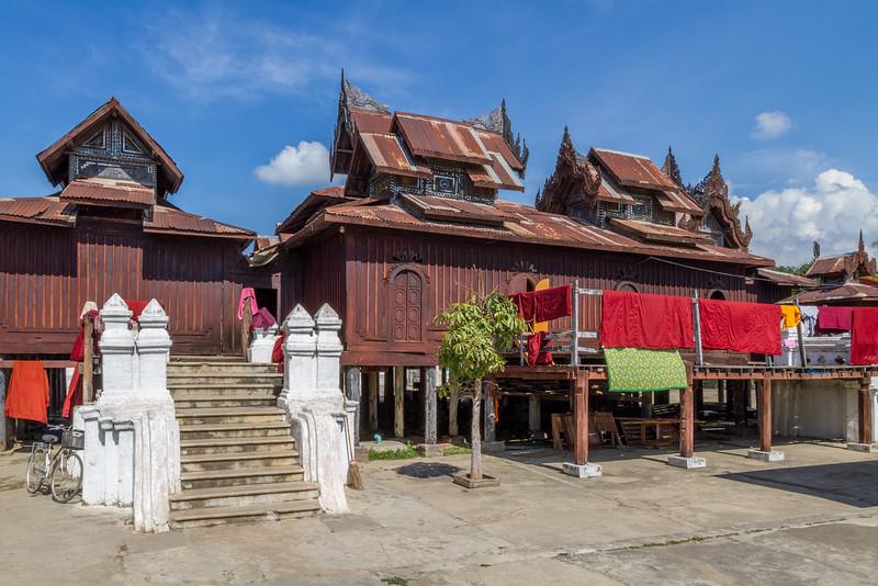 Shwe Yaunghwe Kyaung Monastery