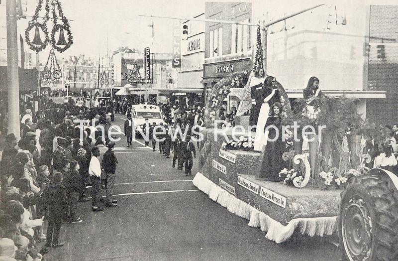 12.3.19 Whiteville Christmas Parade.jpg