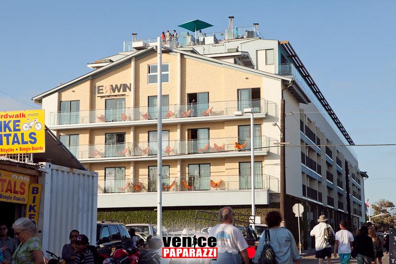 VenicePaparazzi-382.jpg