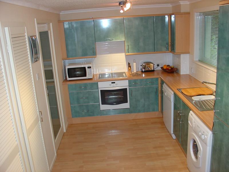 Kitchen 2 Before