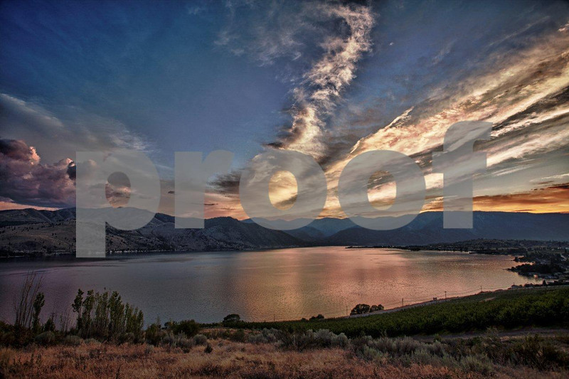 Lake Chelan, sunset 6142_HDR.jpg