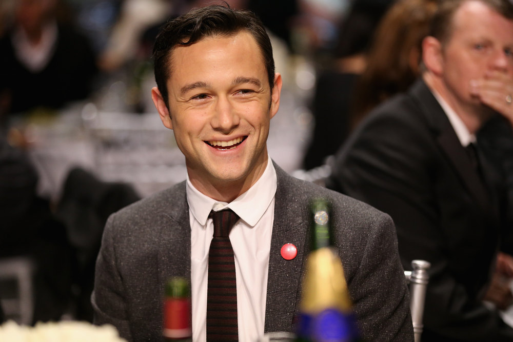 Description of . Actor Joseph Gordon-Levitt attends the 18th Annual Critics' Choice Movie Awards held at Barker Hangar on January 10, 2013 in Santa Monica, California.  (Photo by Christopher Polk/Getty Images for BFCA)