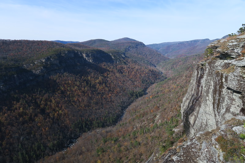 Linville Gorge -- Table Rock-Chimneys-NC Wall Loop, Burke County (11-11-17)