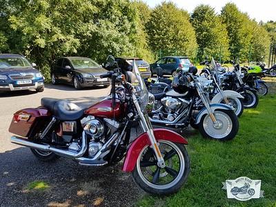 Kenley car and bike