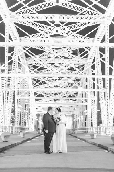 67_Steve+Laurie_WeddingBW.jpg