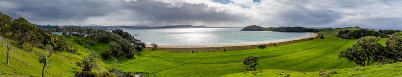 Blick auf die «Mimiwhangata Bay»