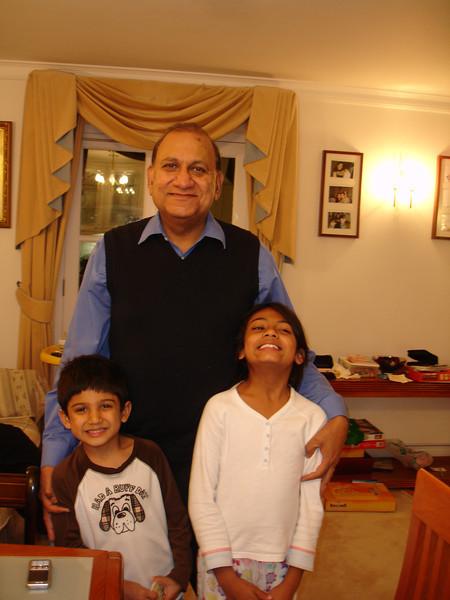 swati and kids in London 2008 119.JPG