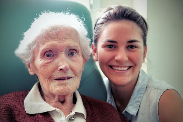 Grand-mère 100 et Emma