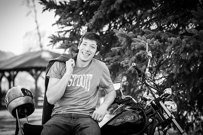 Senior Session: Dominic Simoni