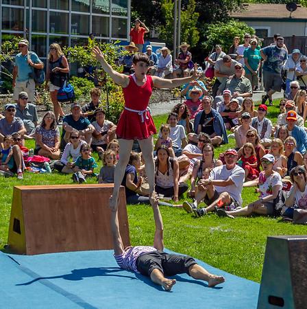 Set one, UMO Circus Arts 1 at Ober Park, Vashon Island Strawberry Festival 2019
