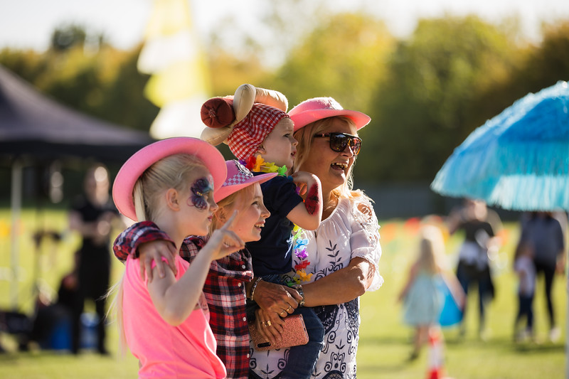 bensavellphotography_lloyds_clinical_homecare_family_fun_day_event_photography (342 of 405).jpg