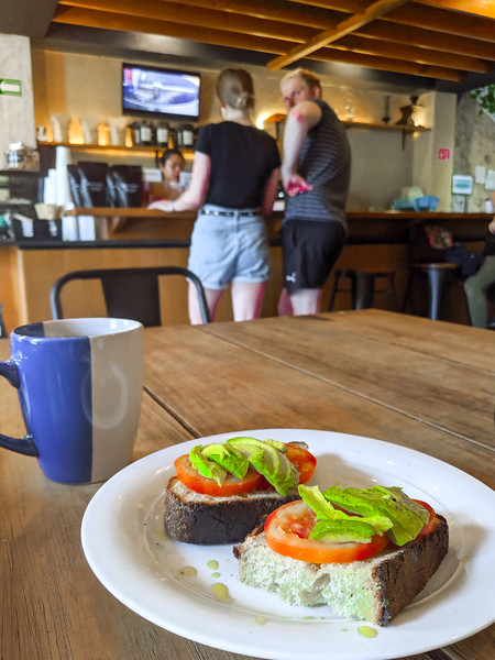merida manifesto cafe avocado toast-4.jpg
