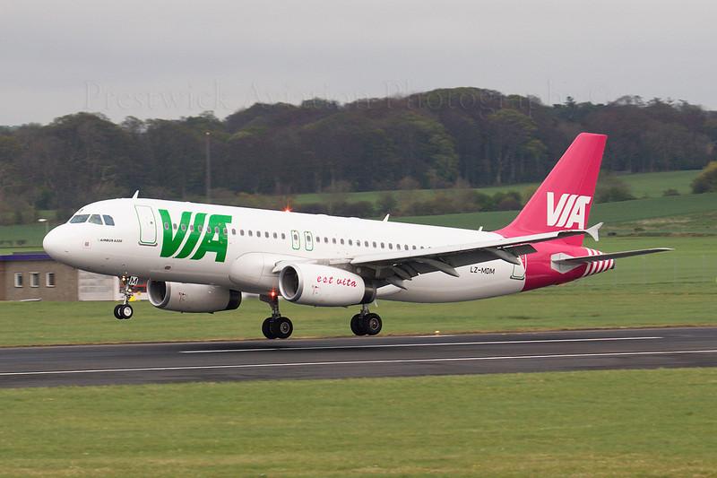 LZ-MDM. Airbus A320-232. Air Via. Prestwick. 220407.