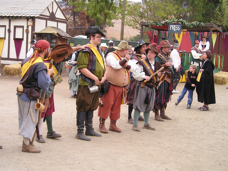 Renaissance Pleasure Faire, Hollister 2006: Yeomen of the Guard, and aren't they a fine collection!