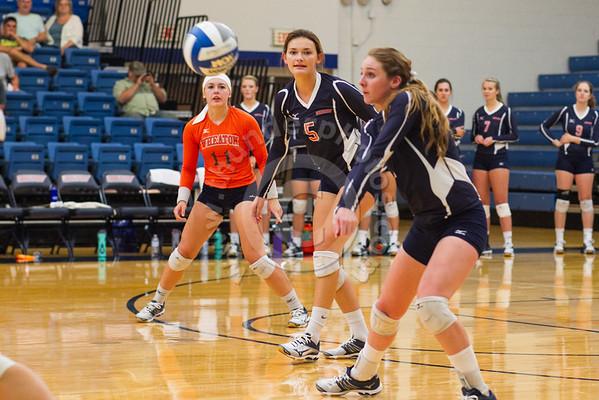 Wheaton College Volleyball vs Elmhurst, September 14, 2016