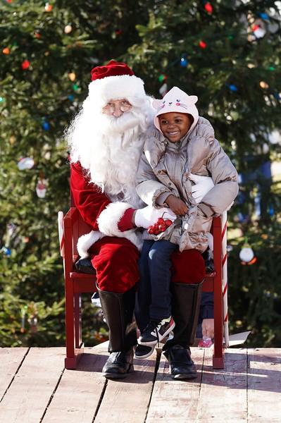 Santa In The Park 20190076.JPG