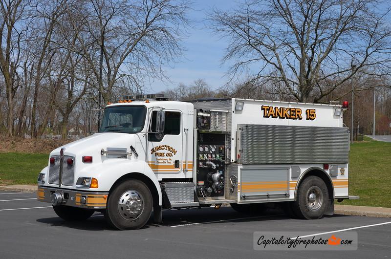 Junction Fire Co. (Granville Township) Tanker 15: 2005 Kenworth/Pierce 1000/2100