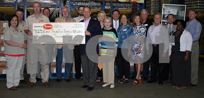 east-texas-food-bank-receives-100000-donation-chicken-from-tyson-foods