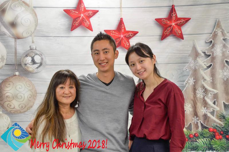 Christmas Photobooth 2018-052_01.jpg