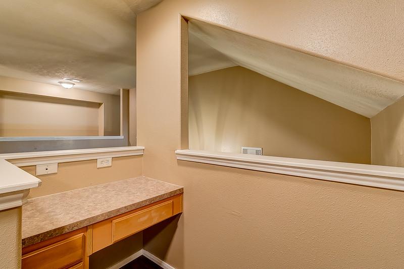 Desk/Loft Area