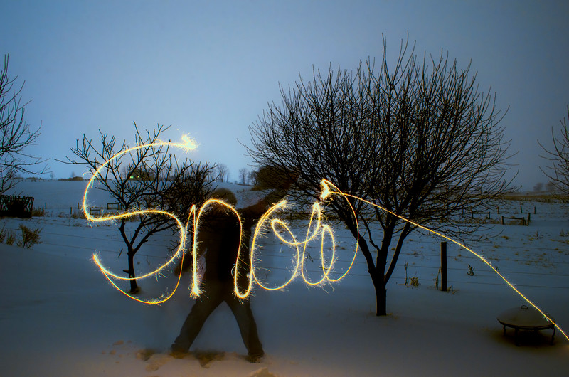 snow - snow light painting(p).jpg